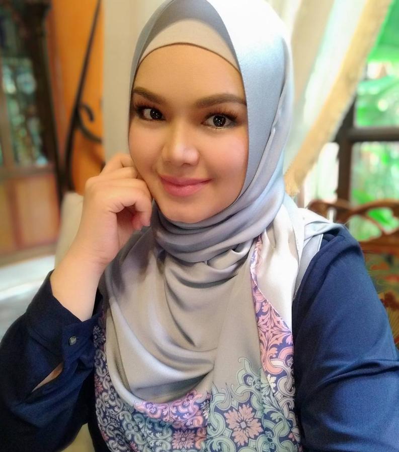 Lagi Baby Bump Didakwa Semakin Jelas, Datuk Seri Siti