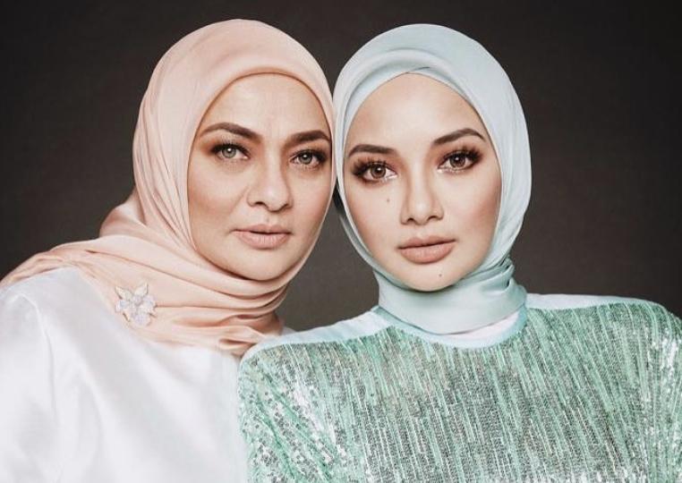Di Sebalik Sepasang Mata Cantik Ibu Neelofa, Datin Noor Kartini Kongsi Rutin Sihat Pada Usia Setengah Abad - Media Hiburan